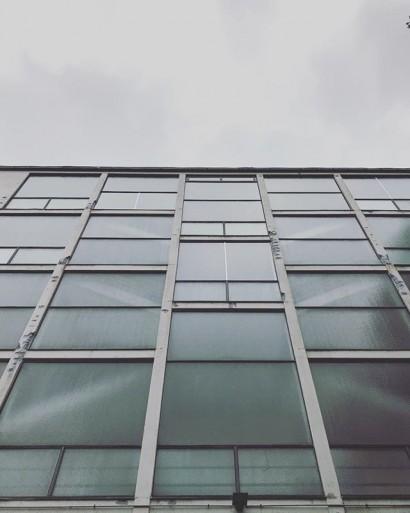 frankfurt-1117-2-of-21-lookingup-glass-facade-architecture-architexture-building-frankfurt-germany-d